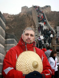 Dan Tomozei pe Zidul Chinezesc