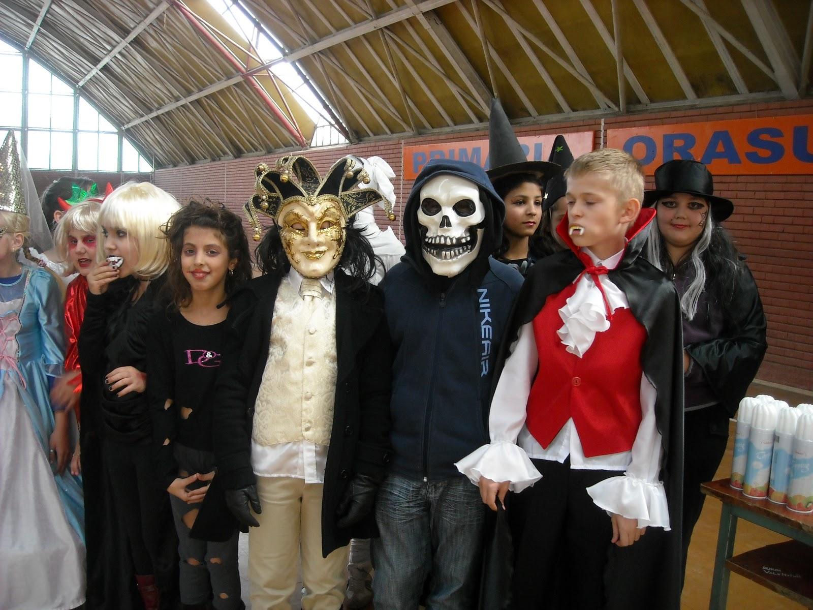 Halloween in scolile din Romania