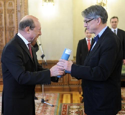 Basescu si Patapievici decorat 2014