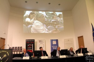 Larry Watts - Extorting Peace - Romania si sfarsitul Razboiului Rece - IBR - Ziaristi Online 2 - 13.06.2014