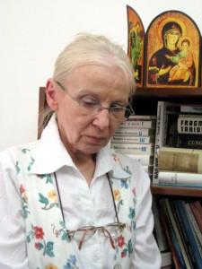 elena-solunca-moise-publicist-si-redactor-la-revista-academica