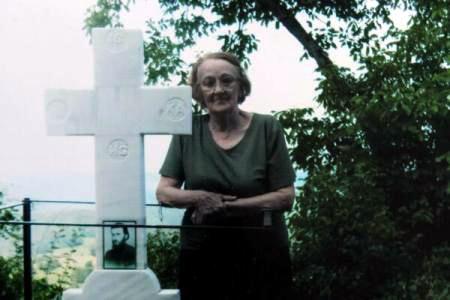 Zoe Daian - nepoata Parintelui Arsenie Boca