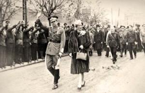 Regele Mihai, Regina, Antonescu, Sima si legionarii la Iasi