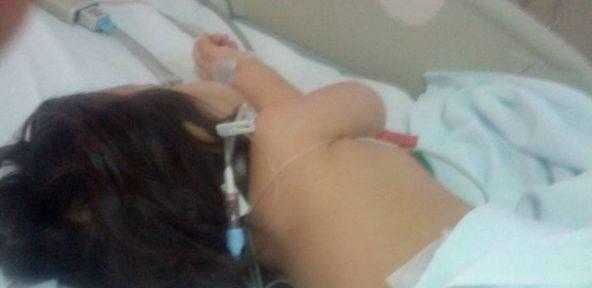Foto: Fiica lui Gabriel Marinescu, aflata intr-un spital din Romania fara a i se oferi nici o cauza a sindromului