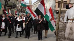 ziua maghiarilor cu avram iancu spanzurat de csibi barna