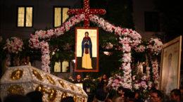 procesiunea-de-sfanta-parascheva-2011-3-foto-cristina-nichitus-roncea
